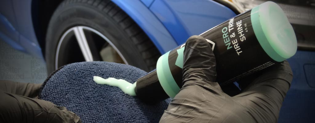 Applying tire dressing