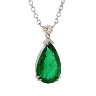 greem gemstoe pendant, silver