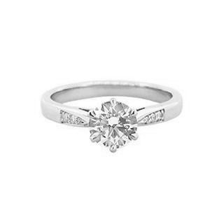 1 carat diamond Solitaire engagement ring