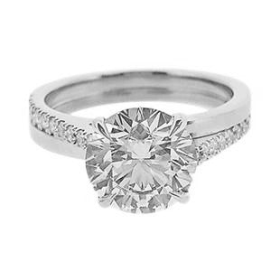 2 carat Diamond Solitaire rign with twisted diamond shank