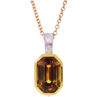 gemstone yellow gold pendant