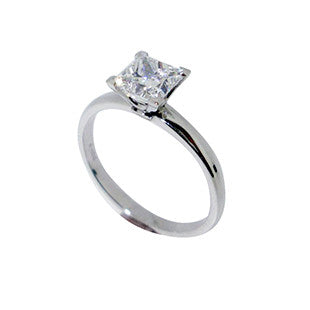 Princess Cut Diamond Solitaire in Platinum