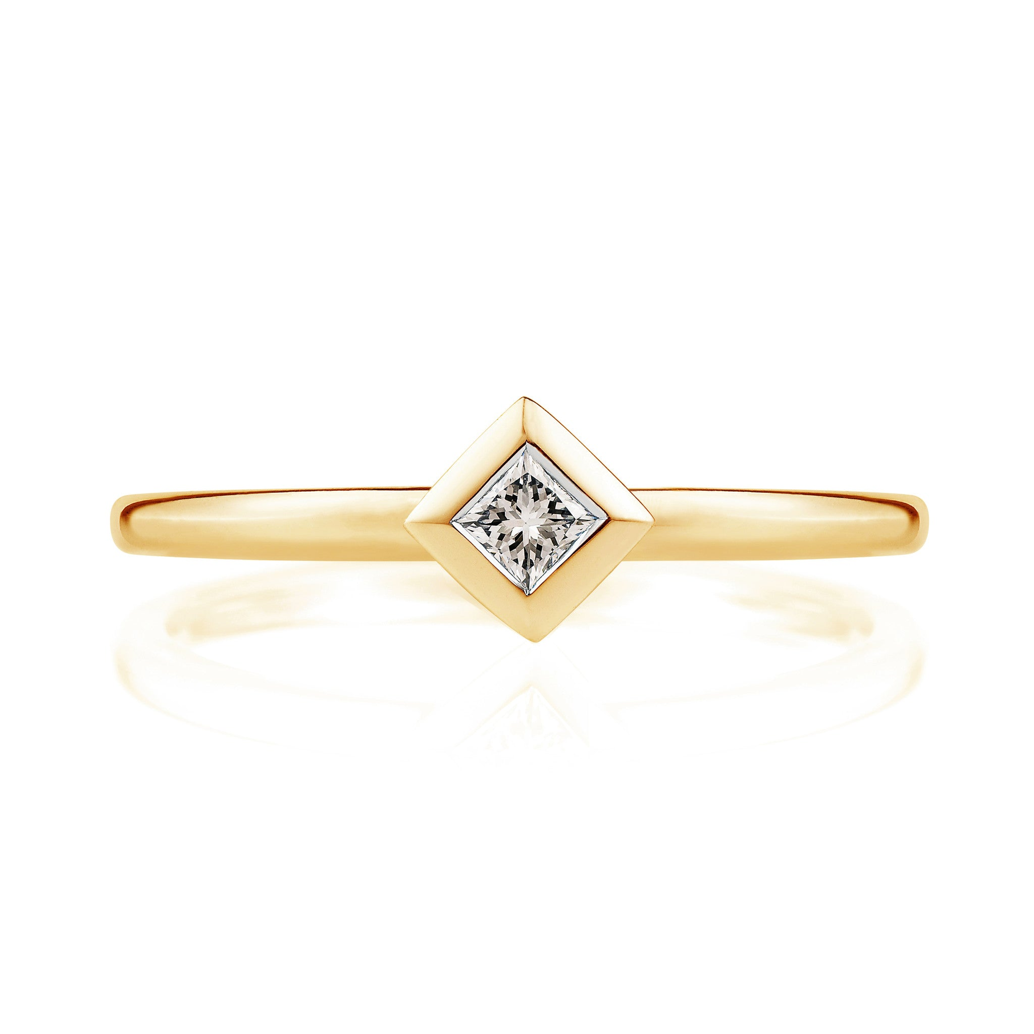 Diamond Pyramid Ring in 18ct Yellow Gold
