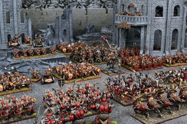 Large army arrayed in front of castle