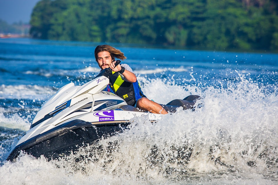 Meet ugo, the Perfect Waterproof Pouch for Jet Skiing!