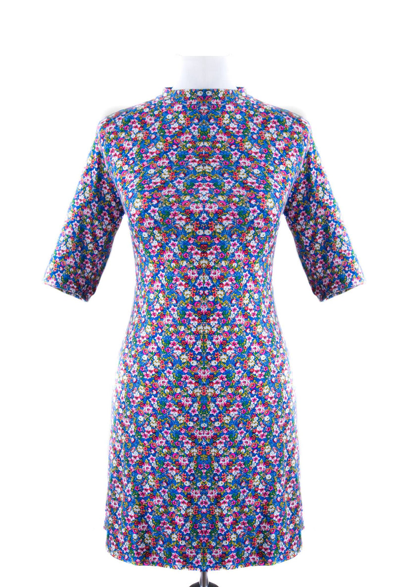 Blue 3/4 Sleeve Collared Floral Rochita (ˈRoʊ - ki:t - sa) / Tunic
