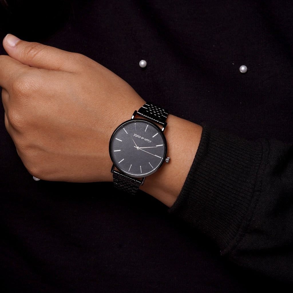 Signature All Black Watch