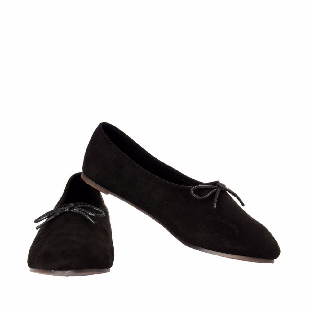 Simple Suede Black Shoes - Joker & Witch - 3