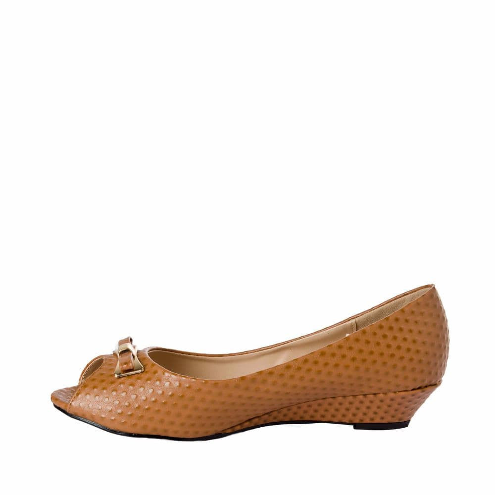 Ostrich print Tan Peep- toed wedges - Joker & Witch - 5