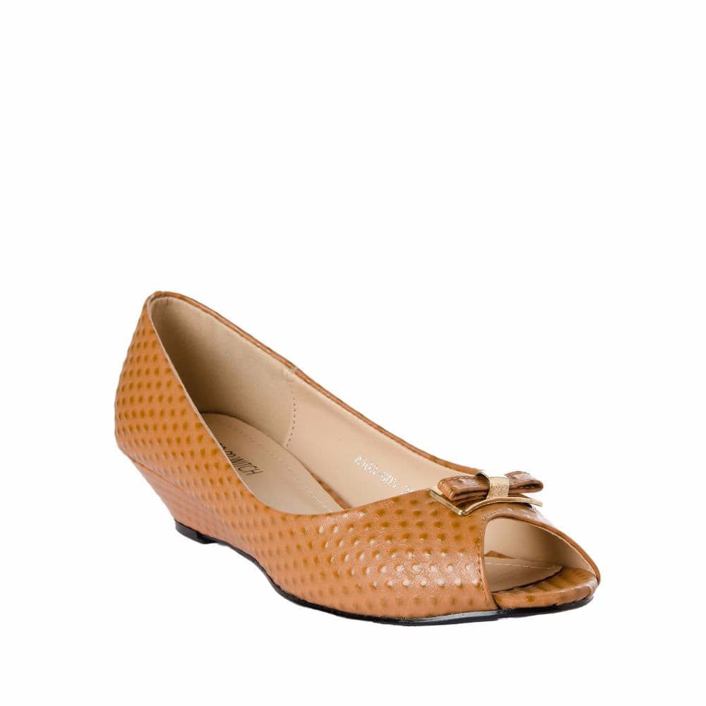 Ostrich print Tan Peep- toed wedges - Joker & Witch - 6