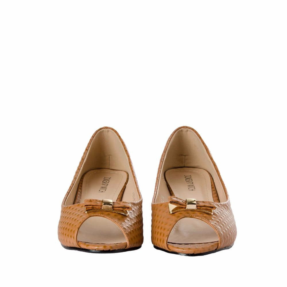 Ostrich print Tan Peep- toed wedges - Joker & Witch - 9