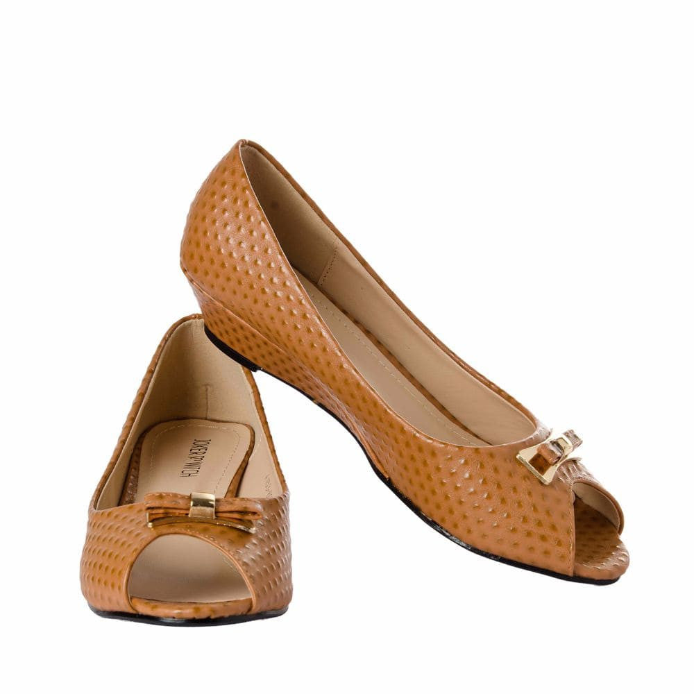 Ostrich print Tan Peep- toed wedges - Joker & Witch - 2