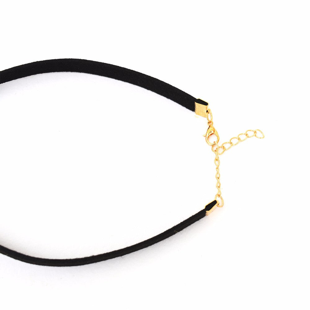 Single Pearl Black Choker - Joker & Witch