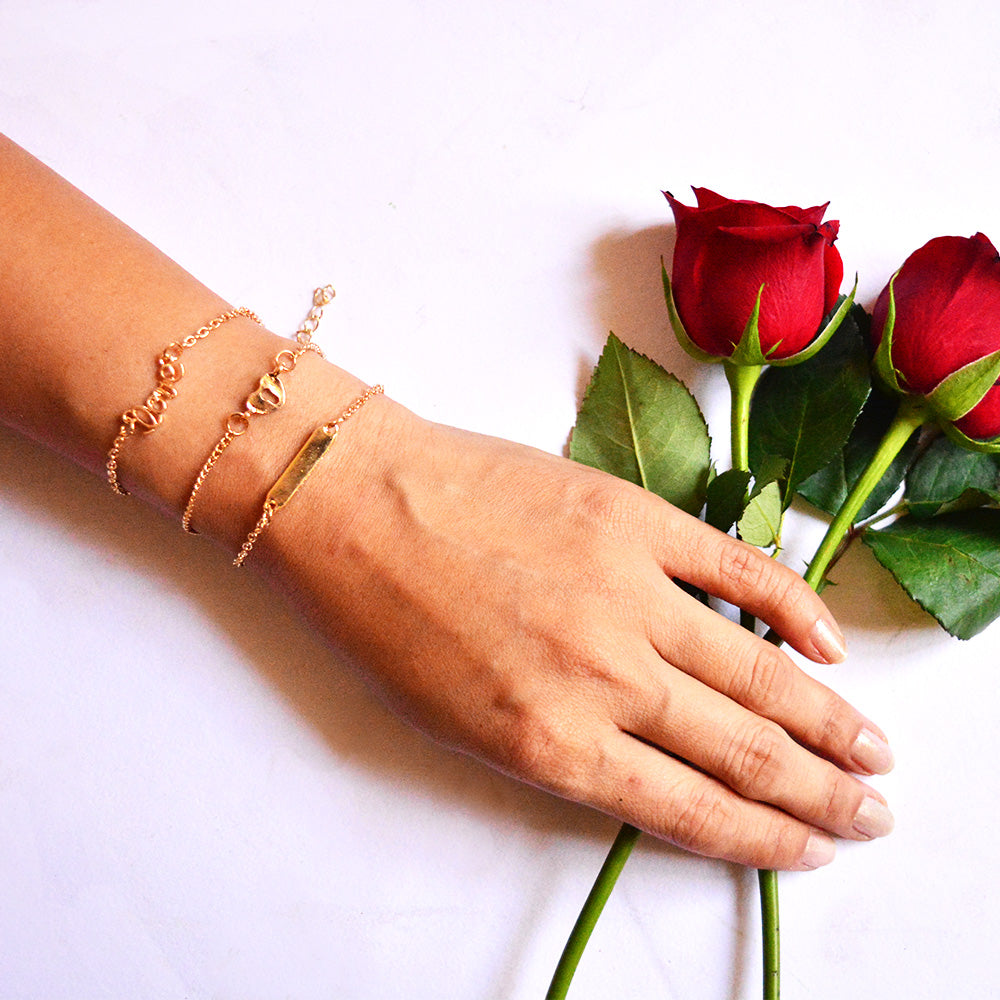 Crazy Love Set of 3 Gold bracelets