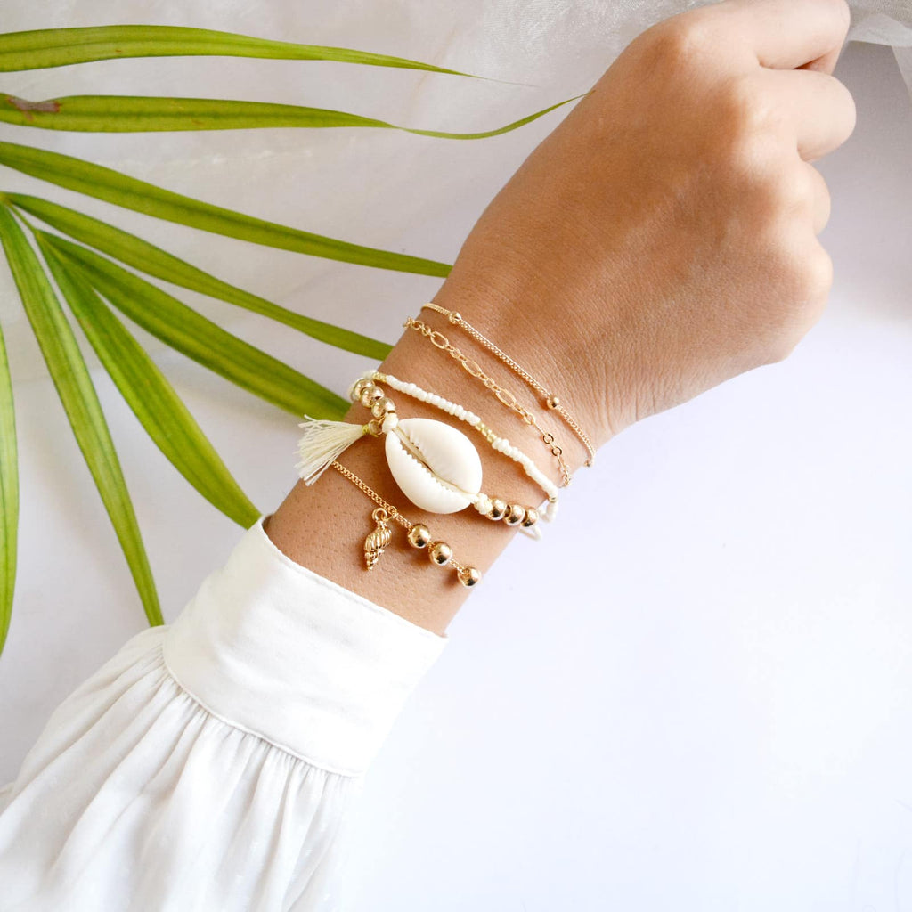 White Shell Set Of 5 Bracelets