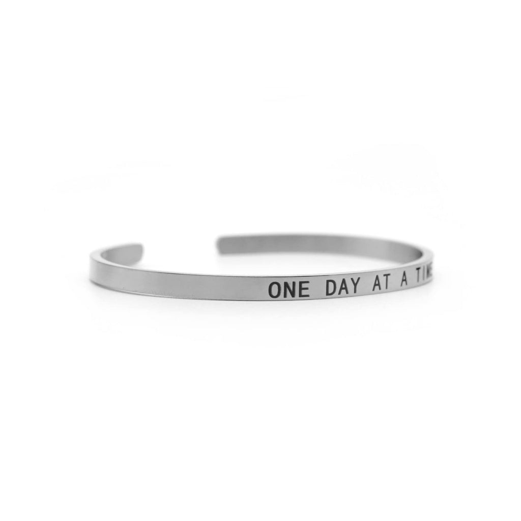 ONE DAY AT A TIME Silver Mantra Band