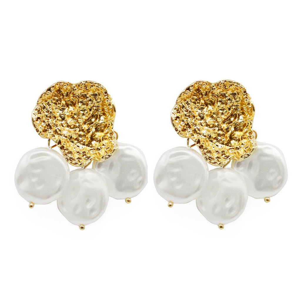 Dazzling Pearl Earrings - Joker & Witch