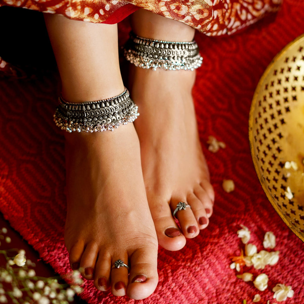 Roma Coin Silver Oxidized Ghungroo Anklets