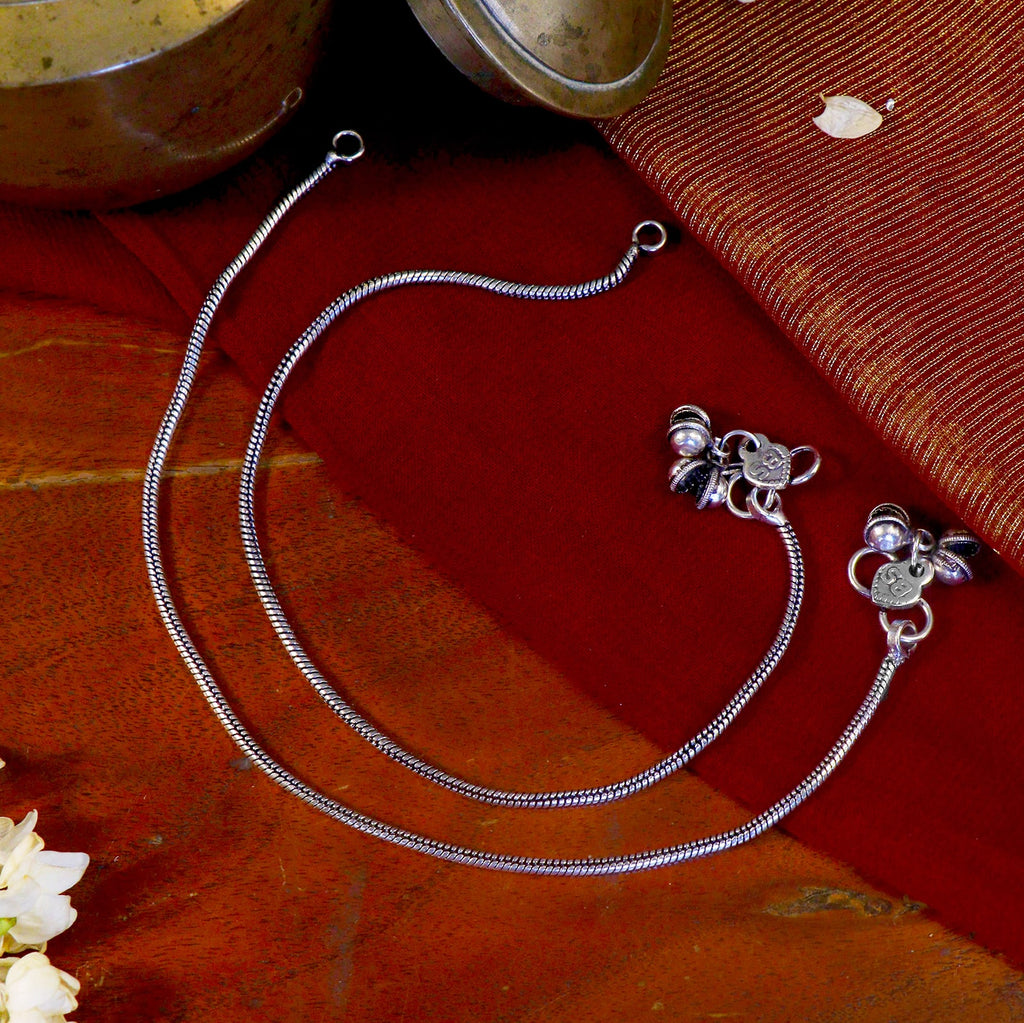 Single Line Silver Oxidized Ghungroo Anklets