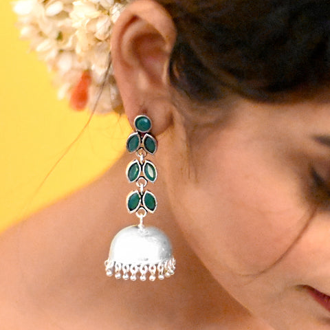 Aathavi Floral Polki Silver Oxidized Earrings