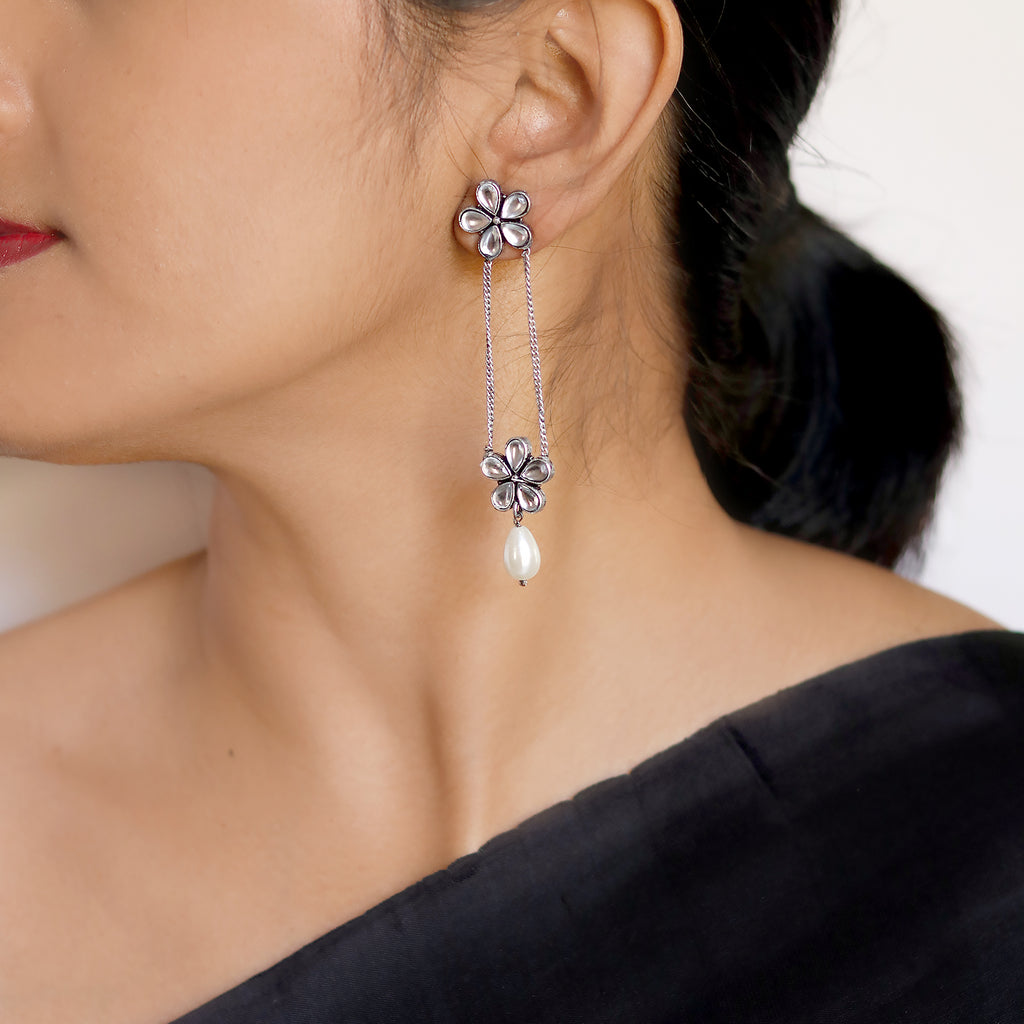 Anvi Floral Polki Silver Oxidized Earrings - Joker & Witch