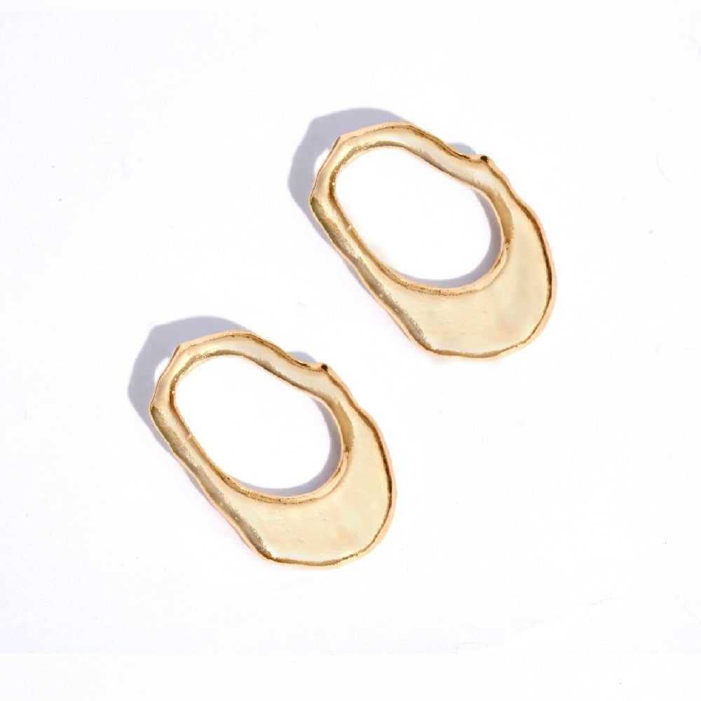 Fluid Gold Earrings - Joker & Witch