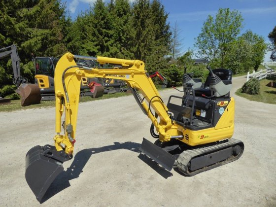 New Holland E9SR Mini Crawler Excavator Official Workshop Service Repair Technical Manual
