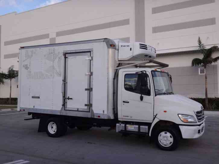 Hino 2009 145 165 185 238 258LP 268 338 Series Chassis Trucks Equipped With J05D-TF J08E-TV & J08E-TW Engine Official Workshop Service Repair Manual