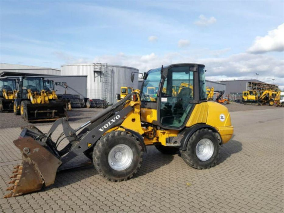 Volvo L25B Compact Wheel Loader Factory Workshop Service Repair Manual