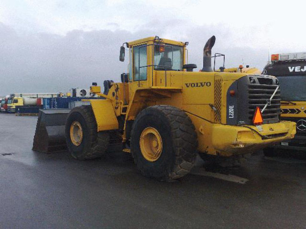Volvo L220E Wheel Loader Factory Workshop Service Repair Manual