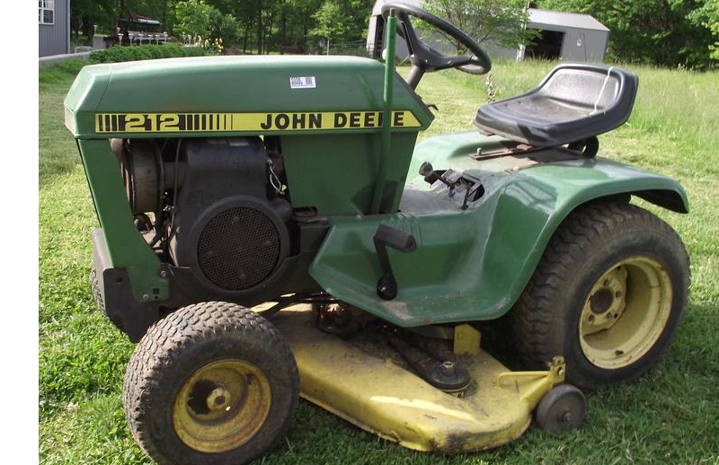 John Deere 200  210  212  And 214 Lawn And Garden Tractor