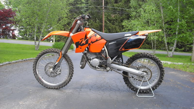 KTM 125 / 200 SX, MXC, EXC-Engine Workshop Service Repair Manual 1999-2003