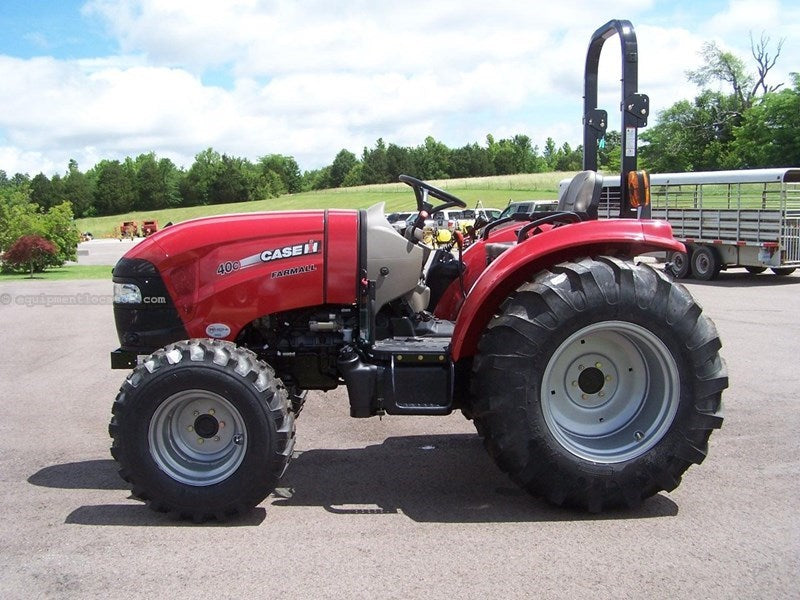 Exemple IH FARMALL - 40c FARMALL - 50c Tier - 4b (version finale)