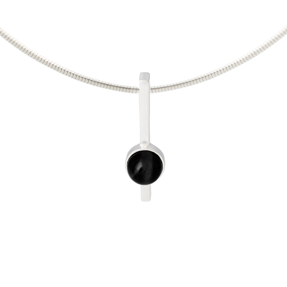 Black onyx pendant set in solid silver