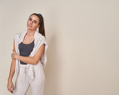 Picking the Best Cozy Loungewear and Joggers for Tall Women