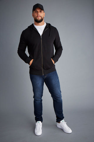 tall-mens-athletic-wear-outfit