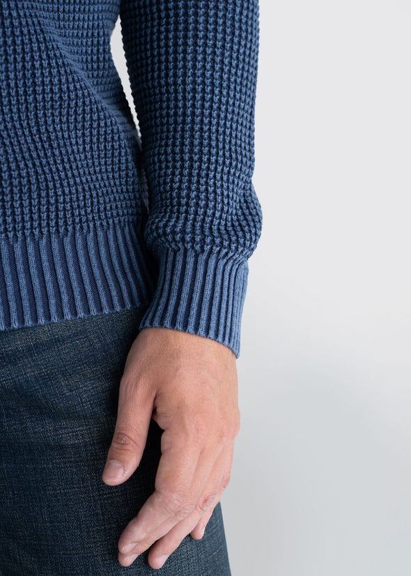 Longjohnandsons-americantall-mens-acidwash-knitsweater-navy-detail-close