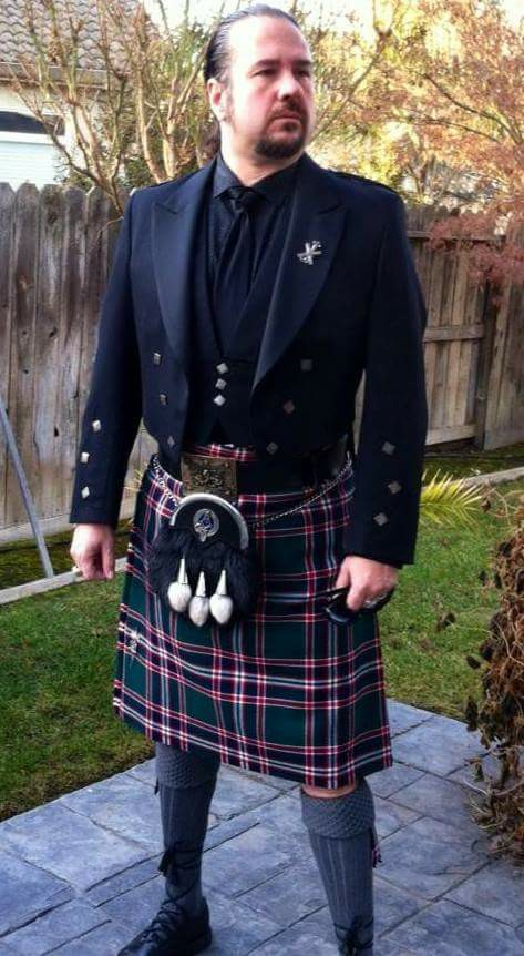 Heirloom 8 Yard Kilt (Hand Made/Hand Sewn)