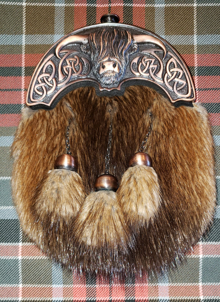 Chocolate Bronze Coo Sporran with Soft Fur