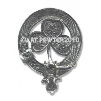 shamrock clan badge