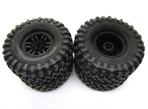 TRX-4 DEFENDER - TIRES & Wheels (Factory Assembled glued 4 Traxxas 82056-4