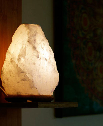 White Himalayan Salt Lamp - Peace of the Earth