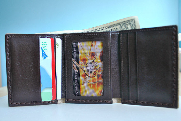 0d9398309a781 Personalized men small trifold leather wallet Anniversary gift for ...