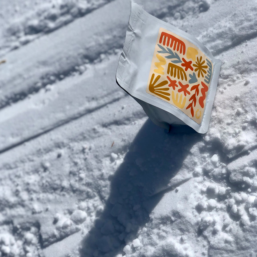 Color Coffee Walter Penna coffee bag in the snow