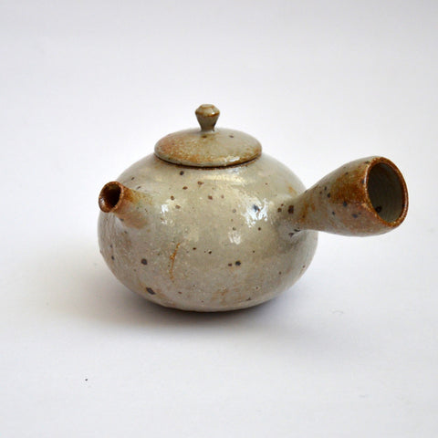 Glazed Kohiki Speckled Kyusu Side Handled Teapot