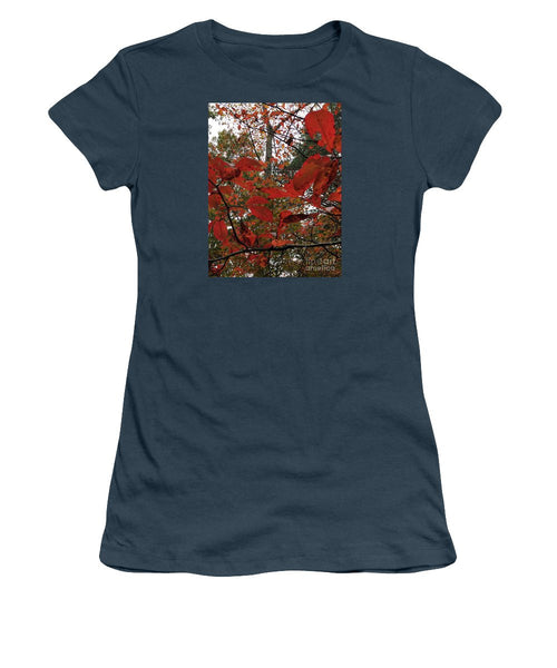 Women's T-Shirt (Junior Cut) - Autumn Leaves In Red