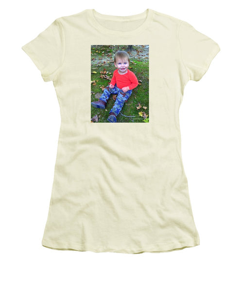 Women's T-Shirt (Junior Cut) - Enjoying The Fall