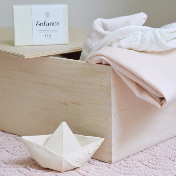 Build a Keepsake Newborn Giftbox