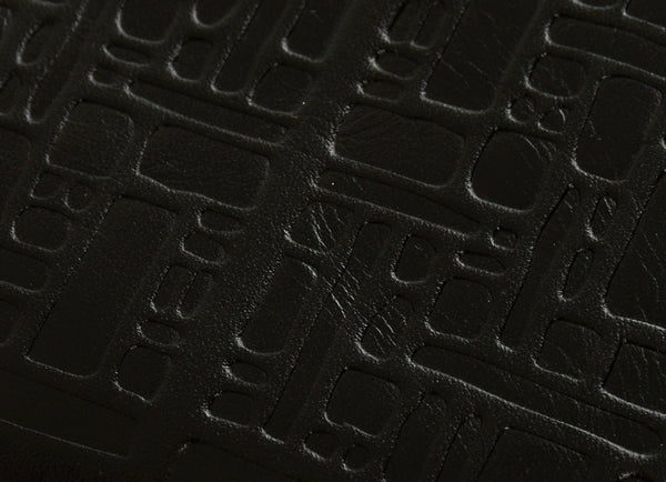 gravitypope - comme des garcons WALLET - EMBOSSED LOGOTYPE - Unisex Accessories