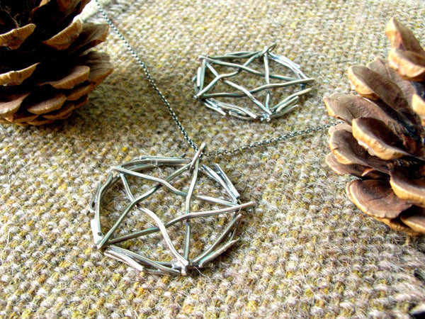 Silver Pentagram Pendant - Stick-like Effect
